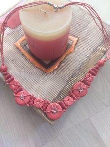 Колие от червена керамика